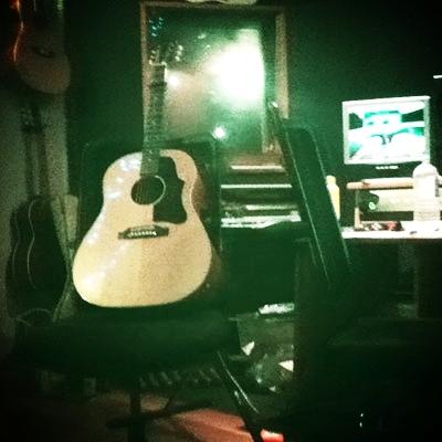 Karen_Craigie_Music_Singer_Songwriter_Sydney_Acoustic_Guitar.jpg