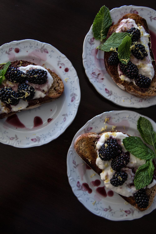 blackberry tartines-120.jpg