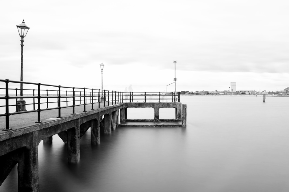 Andrew-Hayward---Old-Portsmouth-PIER.png
