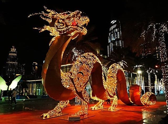 Chinese NY celebrations on around Downtown! #emaarcny2019 📸: @kiranpillai  #artemaar #downtowndubai