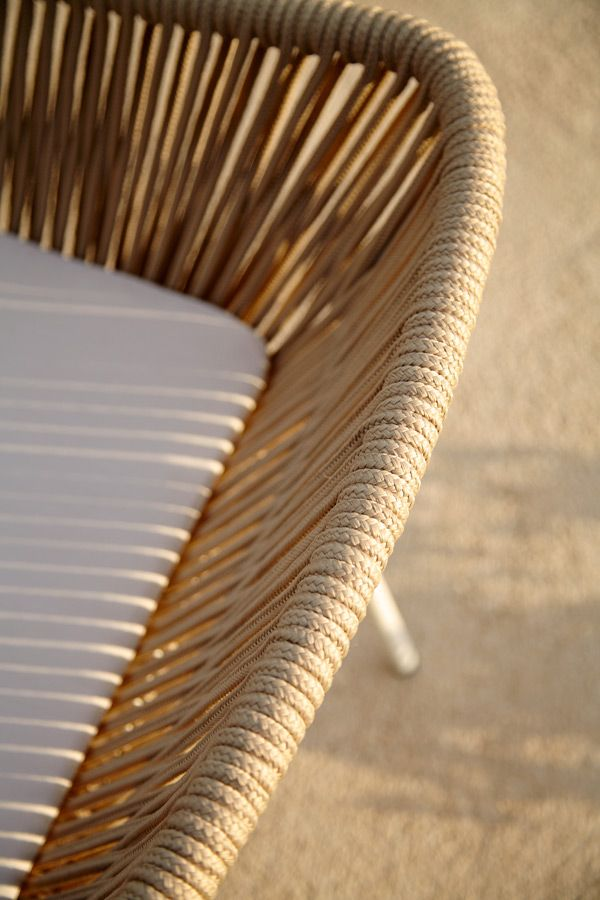 Point-Mobiliario-Exterior-Vicent-Martinez-Coleccion-Weave-08.jpg