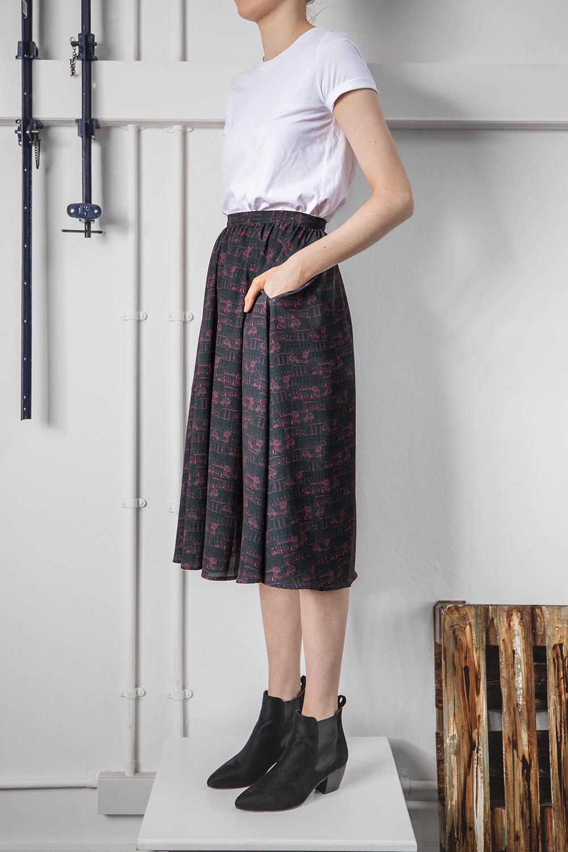 CROSBY_skirt_2.jpg