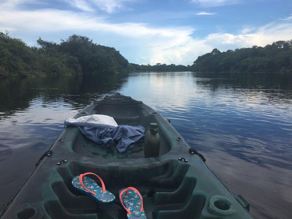 Canoe River Negro