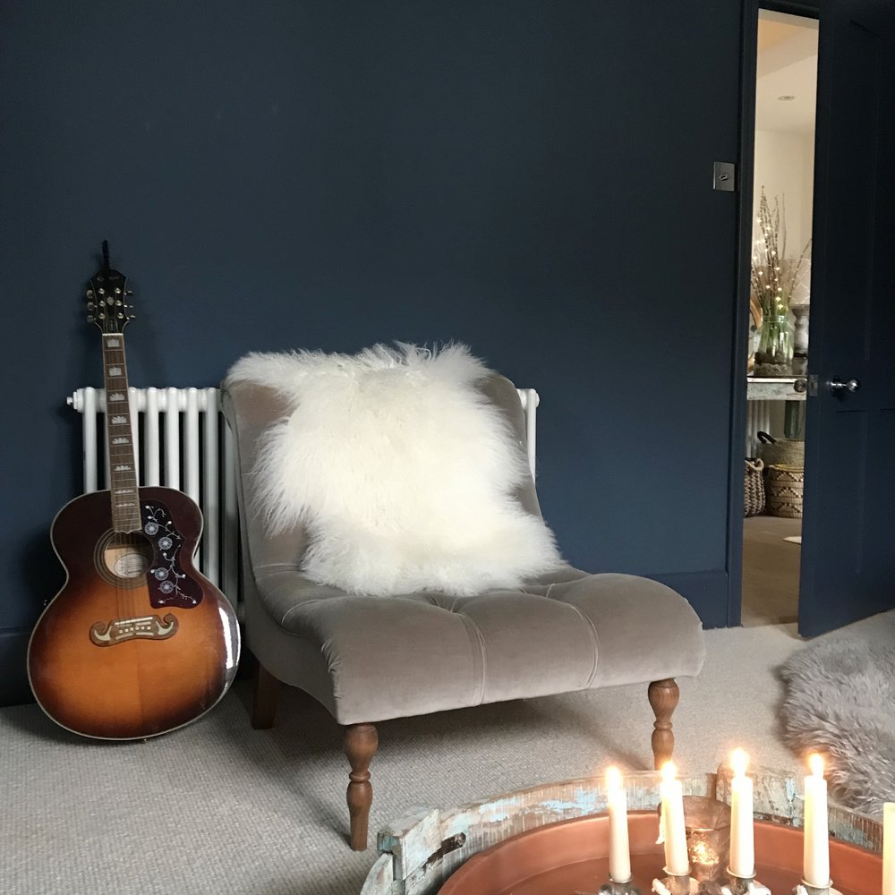 sheepskin armchair 1.jpg