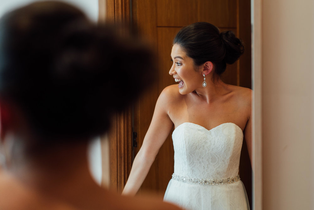 Creative vision to capture stunning moments throughout the day, from getting ready until the dance floor gets pumping at the reception.