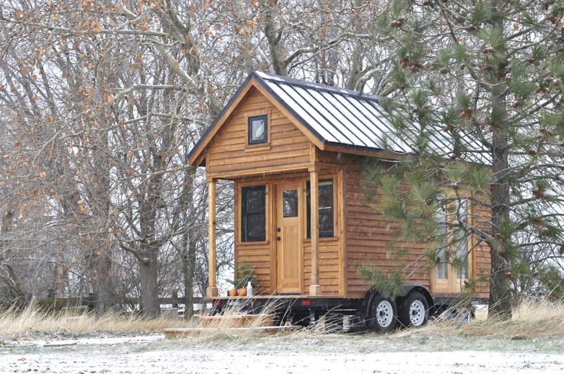 tiny-house-at-christmas.jpg