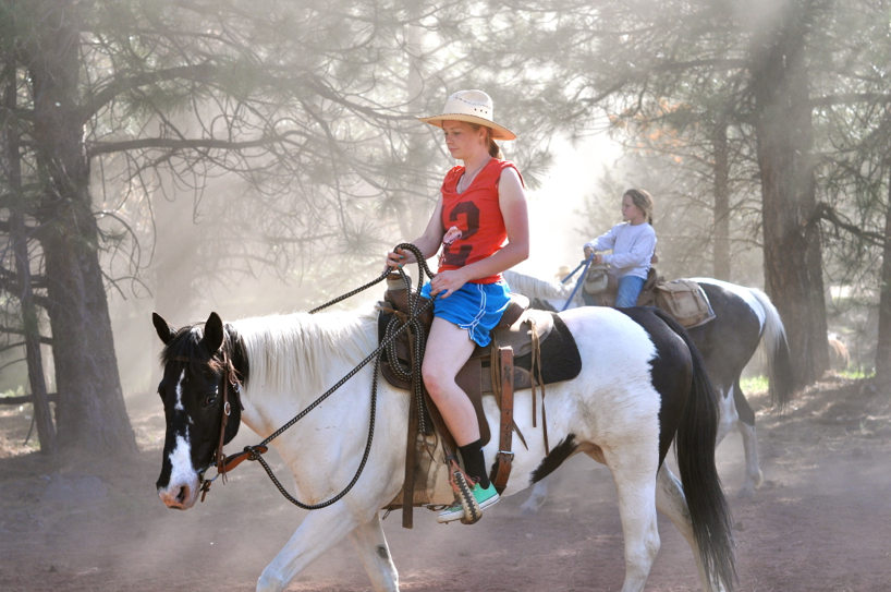 ladies-on-horseback.jpg