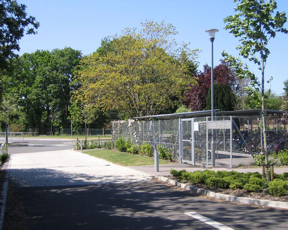 Hounsdown access road.jpg