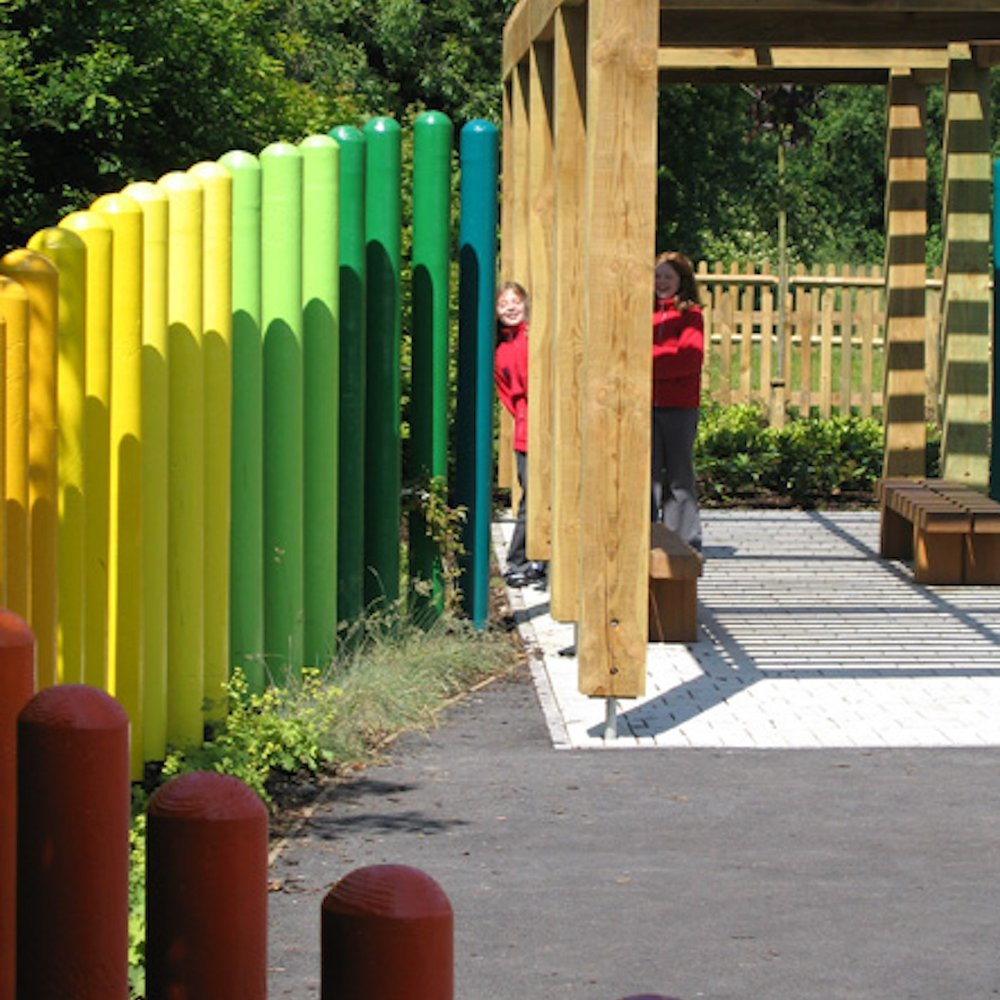 Hythe Primary school playground 02.jpg