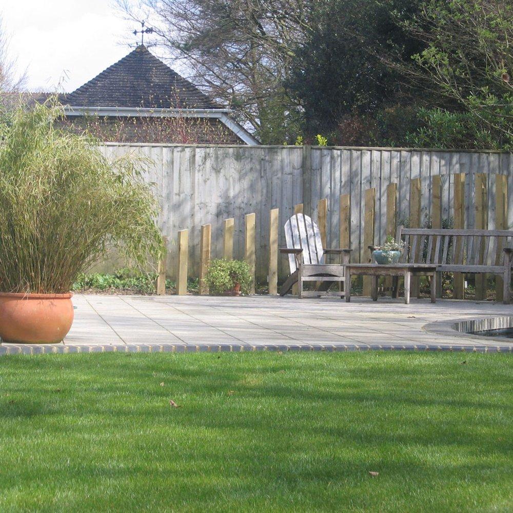 Sarum Close Garden Design 01.jpg