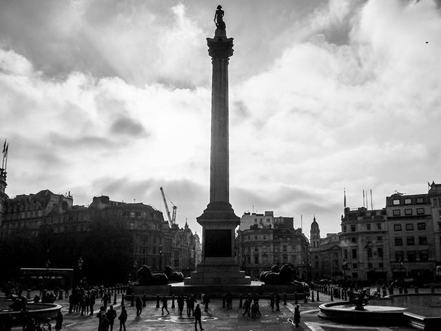 Londres 2018  #london #londres #travel #voyage #blackandwhite #noiretblanc #light #lumiere #ilovelondon #cloud #monument