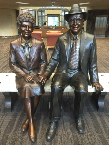 Statue of Joe and Kathryn Albertson