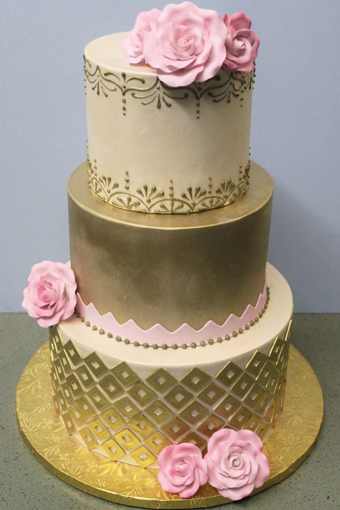 Pink Roses & Gold Wedding Cake