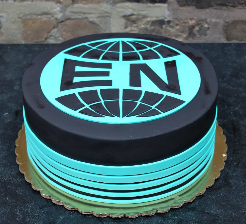 Everything Now Arcade Fire Cake