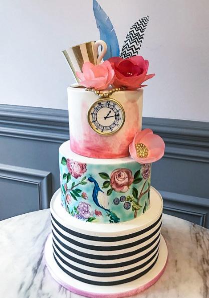 Modern Alice in Wonderland Cake