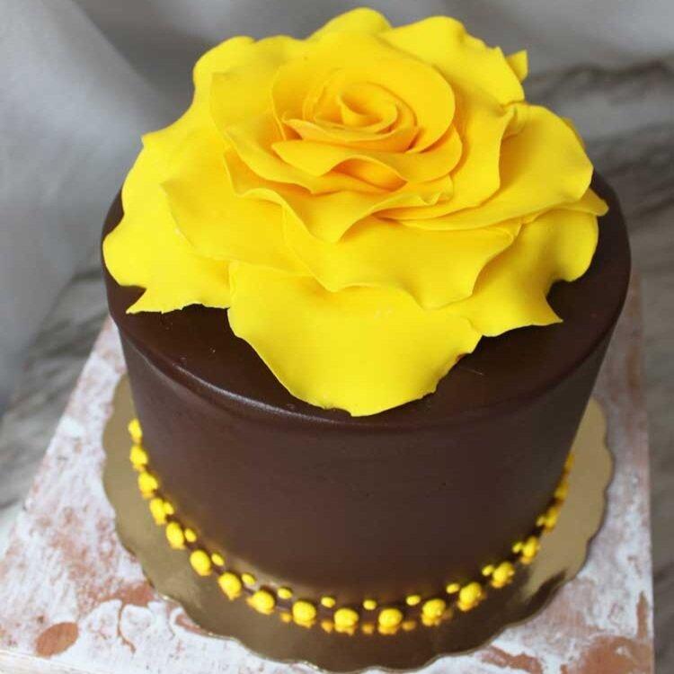 Yellow Flower Ganache Cake