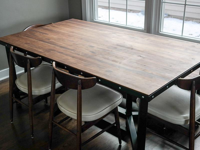 800x600-custom-table-2.jpg