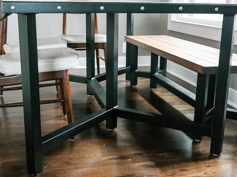 800x600-custom-table-3.jpg