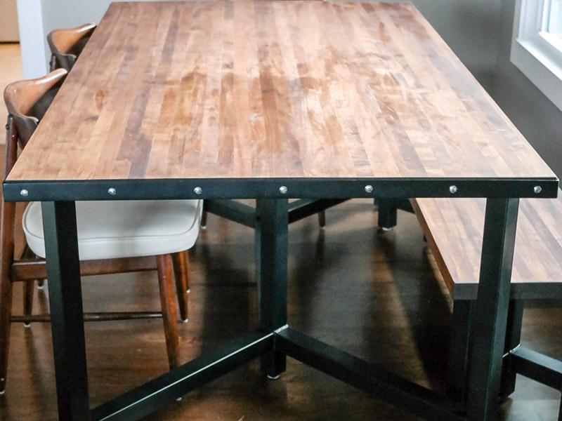 800x600-custom-table-4.jpg