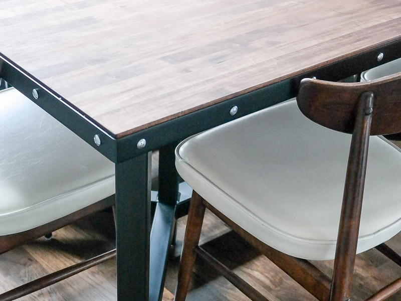800x600-custom-table-8.jpg