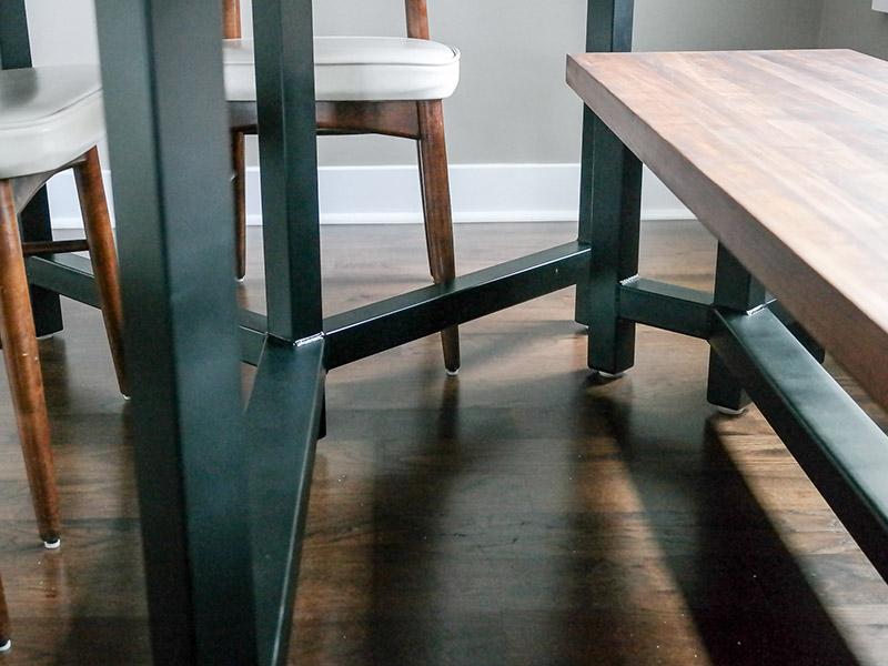 800x600-custom-table-11.jpg