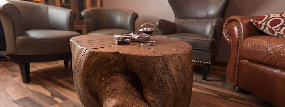Cigar Lounge -