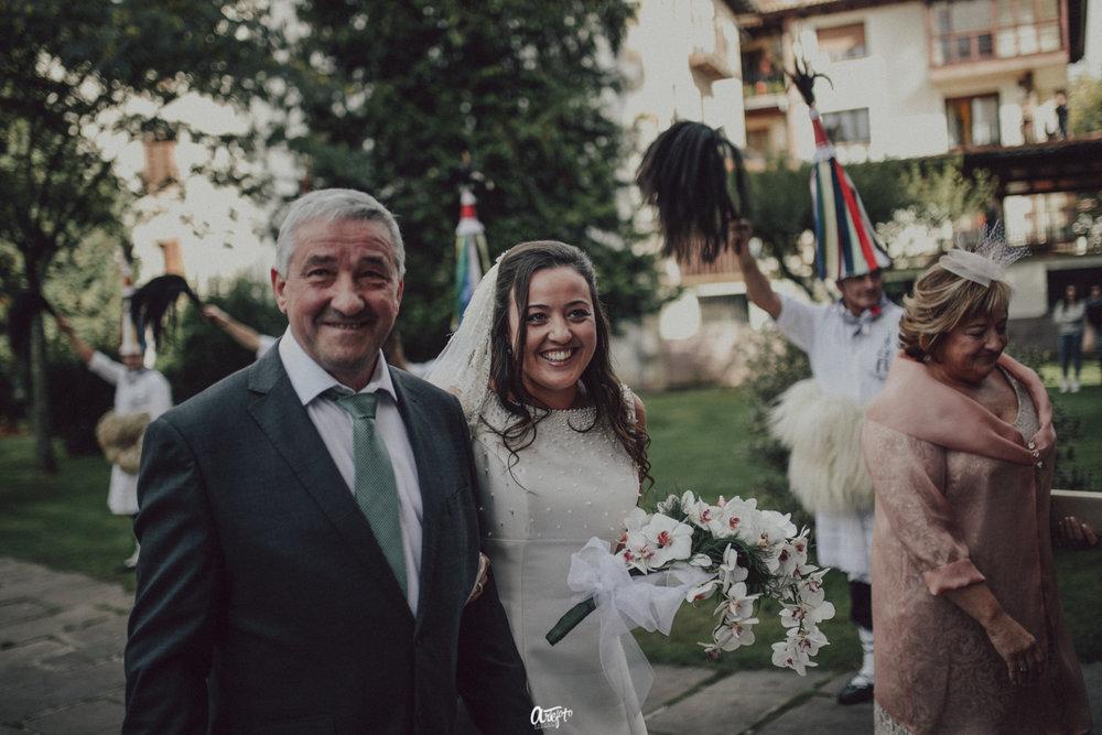 fotografo de bodas san sebastian guipuzcoa donostia gipuzkoa fotografía bodas navarra pamplona elizondo destination wedding photographer donostia bilbao-33