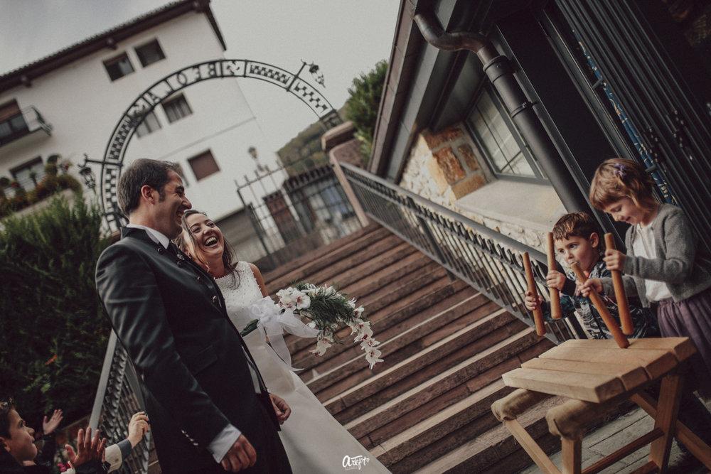 fotografo de bodas san sebastian guipuzcoa donostia gipuzkoa fotografía bodas navarra pamplona elizondo destination wedding photographer donostia bilbao-55