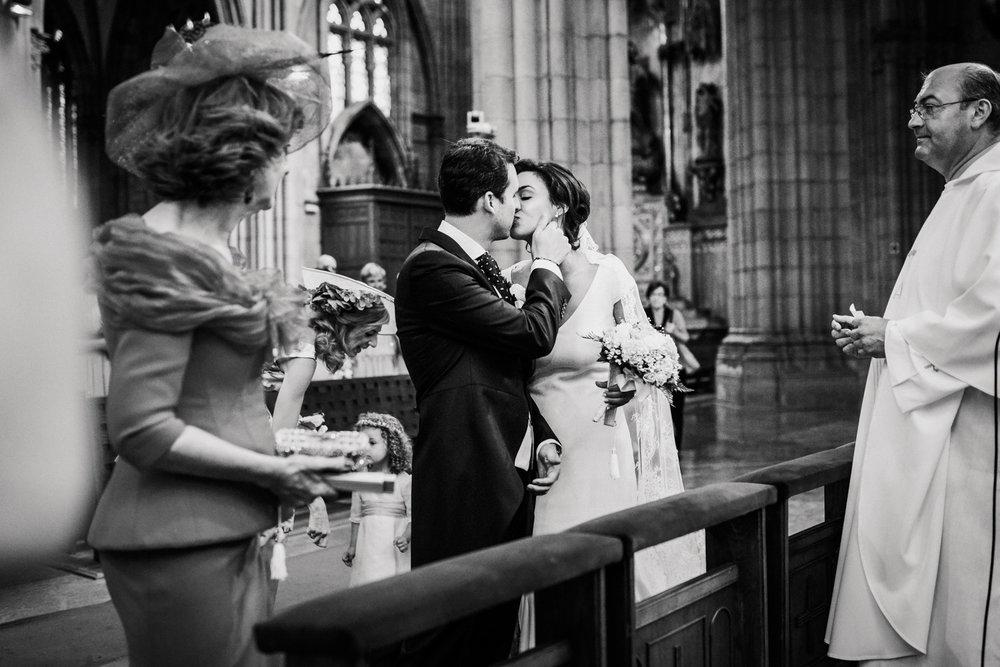 22-fotografo-de-bodas-gipuzkoa-guipuzcoa-destination-wedding-photographer-san-sebastian-donostia-bodas-2017-fotos-boda_-22