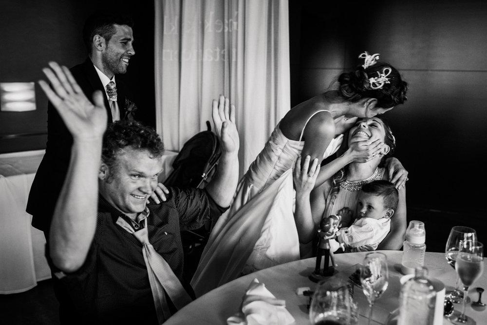 57 fotógrafo de bodas guipuzcoa gipuzkoa destination wedding photographer san sebastian donostia bodas 2017 fotos boda donosti-56
