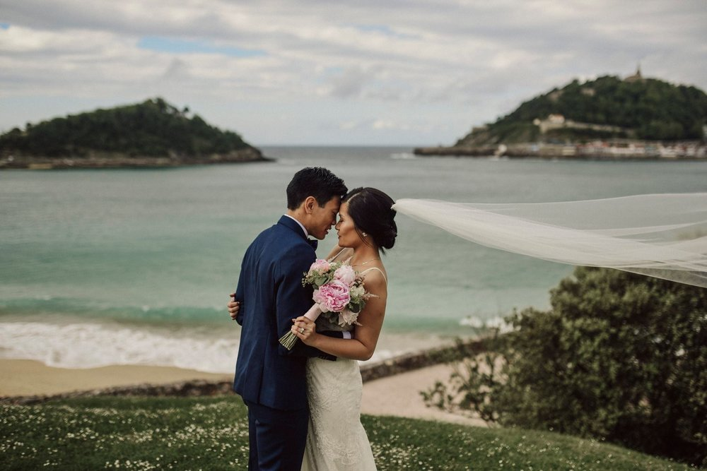 DEstination wedding photographer san sebastian