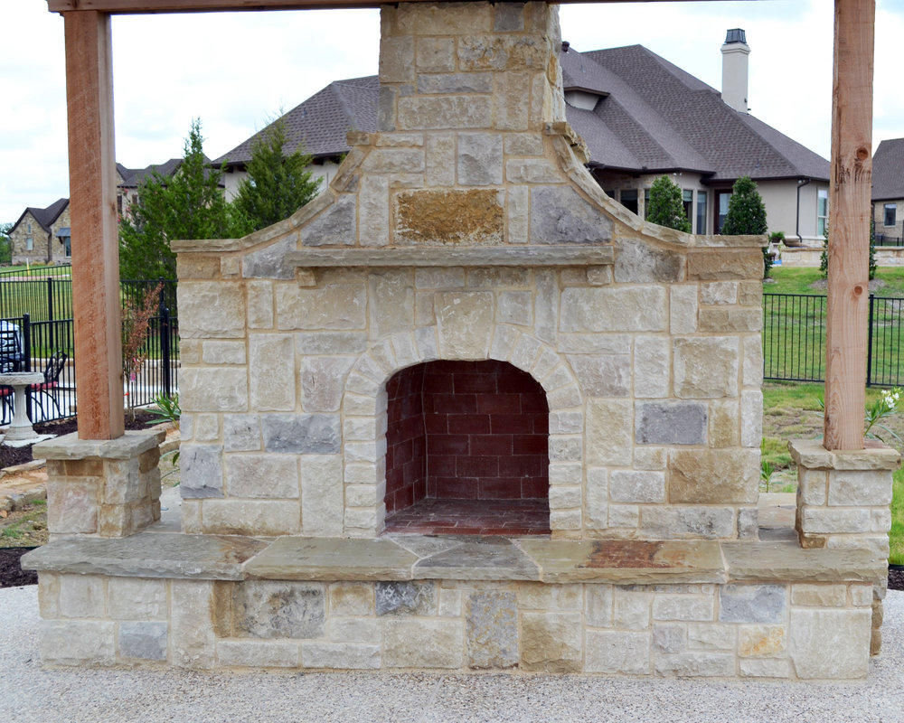 LakePointePools-Cleaning-Custom-features-fireplace.jpg