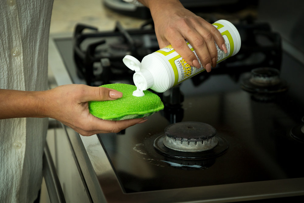 GENTLE CLEANING CREAM LIFESTYLE LOW RES-12.jpg