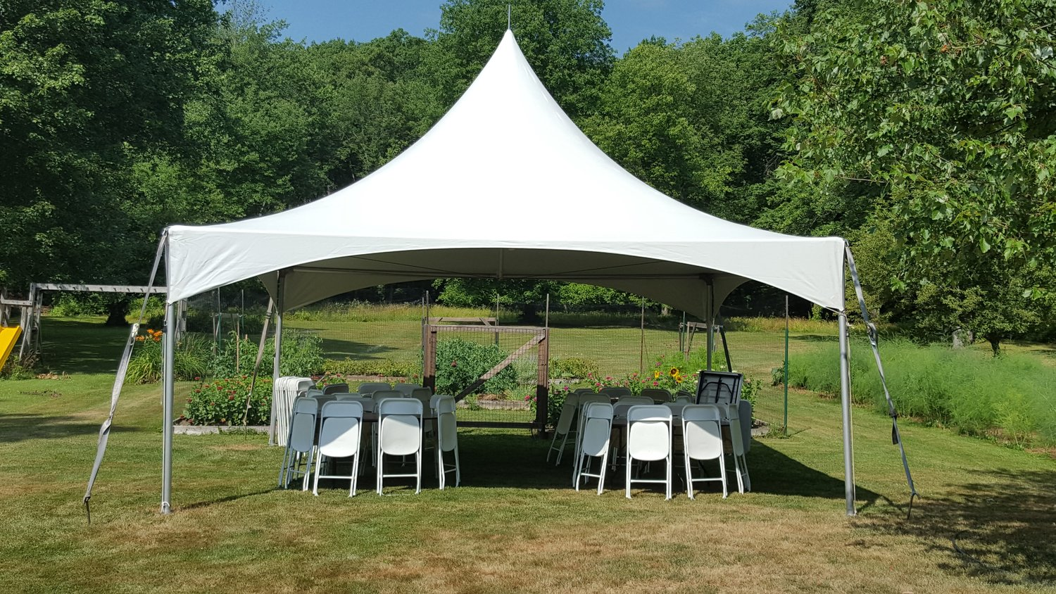 Windswept – The Company stocks an impressive inventory of tents for different types of events such as weddings, galas, private parties, corporate events, etc.