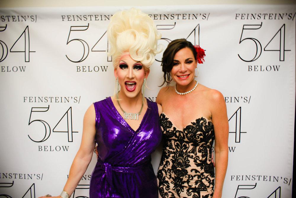Countess_and_friends_05_18_Below_Celebs7.jpg