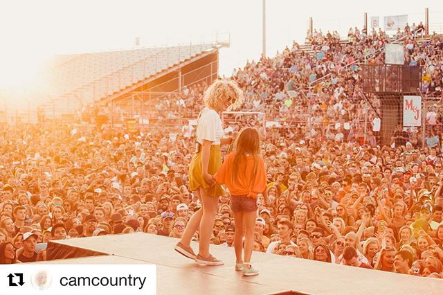 @camcountry you are beautiful, talented and full of so much joy and light. Thank you for finding grace in expressing your opinions. You are an inspiration to us all 💛 #zenithevemusicfestival  #yearofthewoman #letthegirlsplay  #Repost @camcountry with @get_repost ・・・ brave little explorers💛🌌