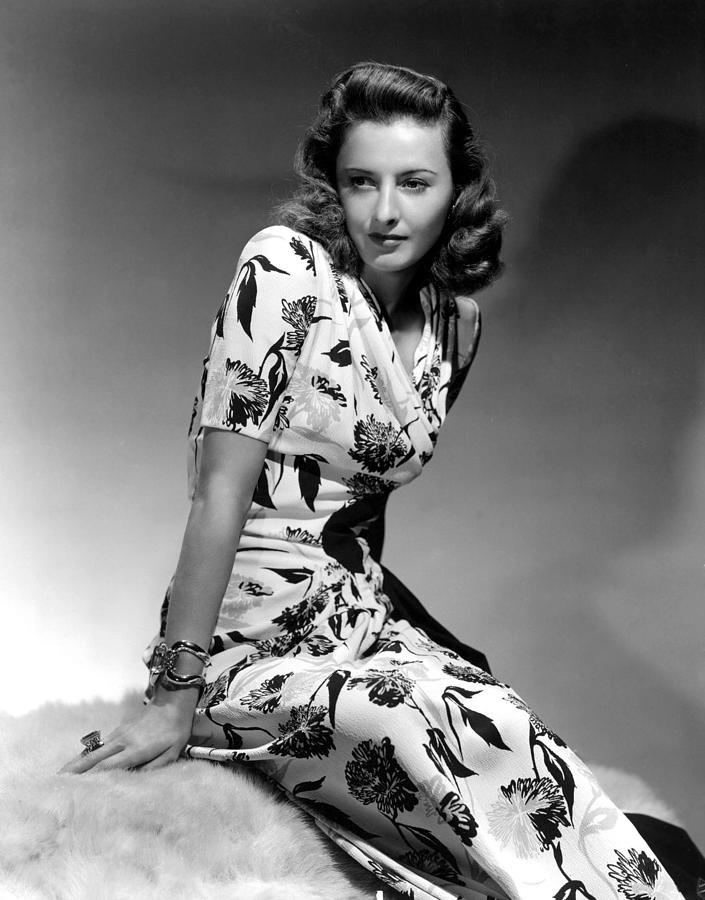 barbara-stanwyck-by-hurrell-1940-everett.jpg