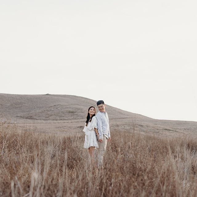 Sammie + Aaron's engagement session from earlier this week!! that's my sister and my soon to be brother in law 🙊 ahhhhh freaking out.. so happy and excited for them but also so sad because i won't see my sister every single day anymore.. 💔 pls send help #kapsuleweddings — ✨ Photo: @kapsuleco Styling: @rekindlecreative Hair & Make Up: @sharonypark