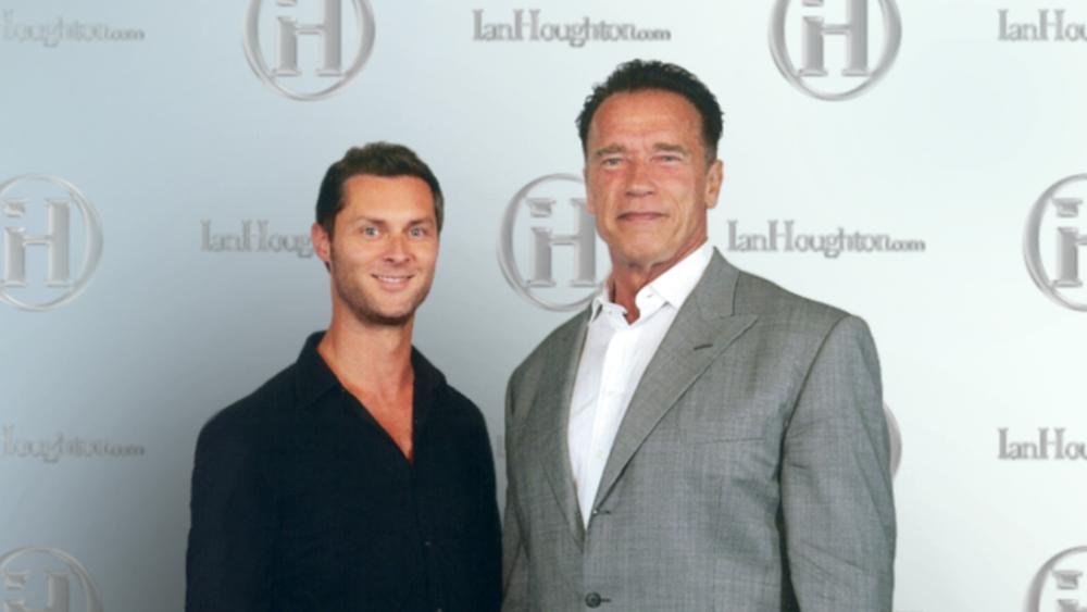 Ian_Houghton_Arnold_Schwarzenegger.PNG