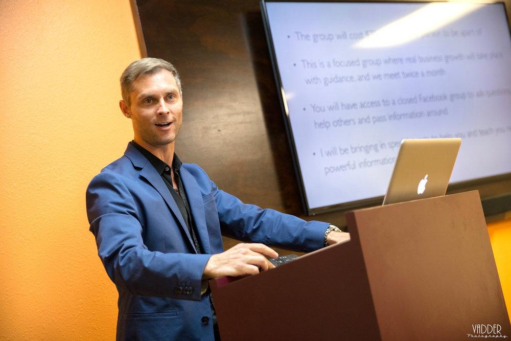 Ian_Houghton_Teaching.jpg