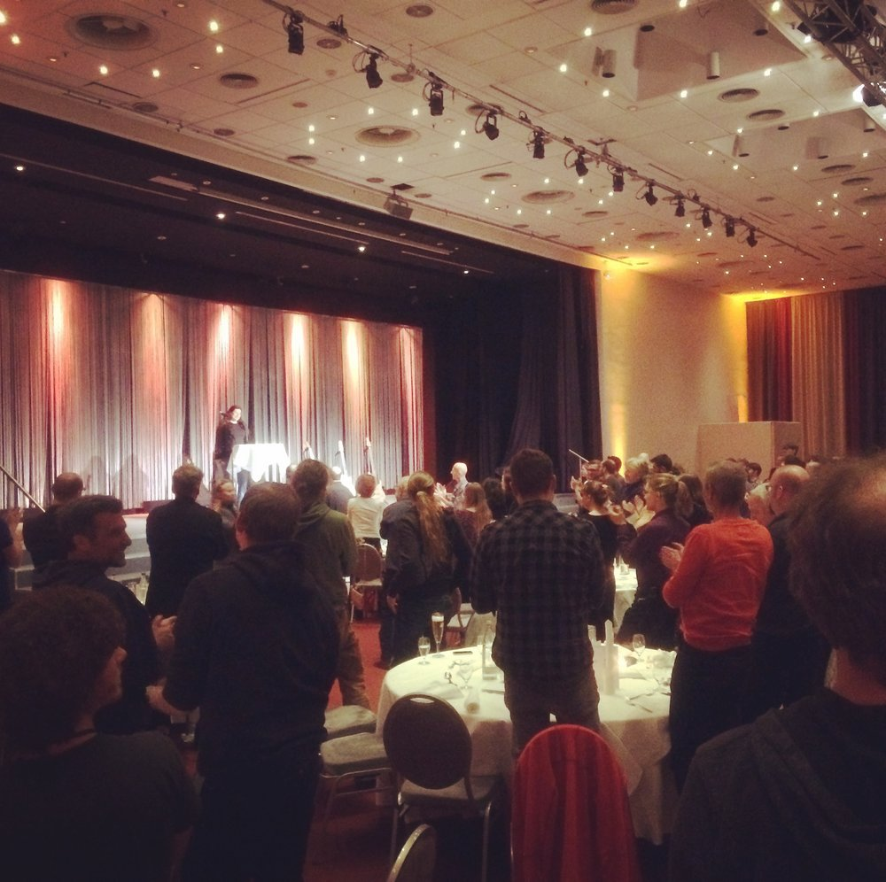 A very well deserved standing ovation for Tania Spalt at the Luthiers dinner.