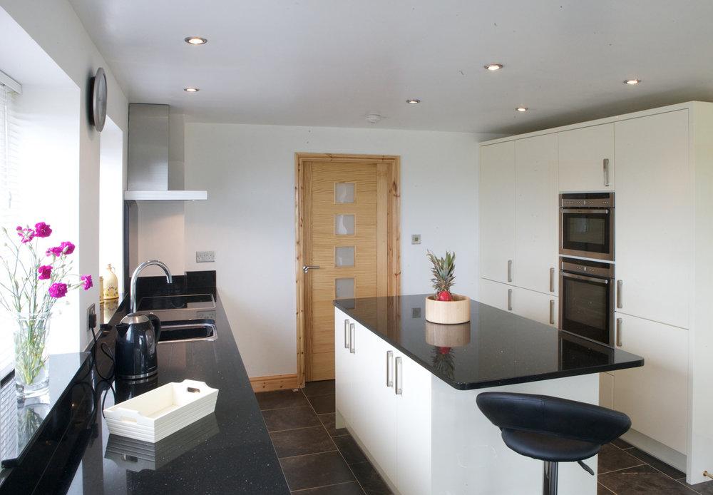 SteilCyf-Kitchen-3-a.jpg