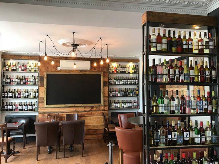 Mont Bar & Grill 4.jpg