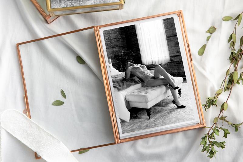 Groom S Gift Ideas Boudoir Photos Are The Gift He Really Wants Ellarre Boudoir