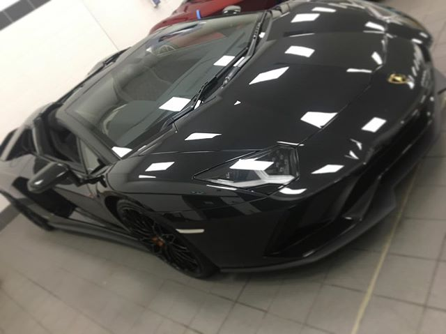 Today 😎 #lamborghini #aventador #ppf #paintprotection #supercar #supercars #carinstagram #instagood #nofilter #carsandcoffee #car #cars #carswithoutlimits #igers #bestofbristol #black #beast #wednesday #picoftheday  #instagood #f4f #instagram #xpel #luxury #lifestyle #bristol #southwest #autotrilogy @xpel.uk @xpeltech @lamborghinibristol  Email: info@autotrilogy.com