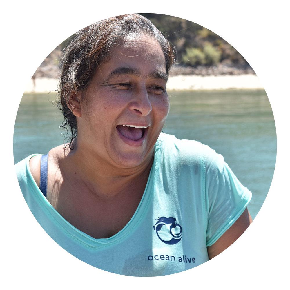 Sandra Lázaro  Pescadora, Faralhão. Guia marinha no programa educativo da Ocean Alive.