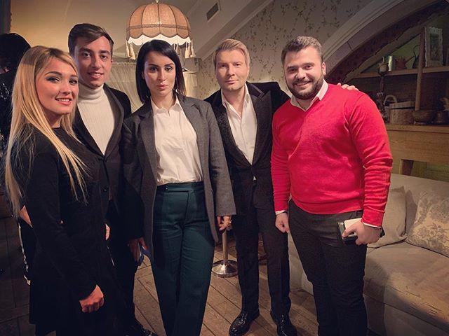 Вечер в Москве! @fkirkorov @nikolaibaskov @tina_kandelaki @sergiu_mita_doredos @eugeniuandrianov @marinadjundiet #doredos #myluckyday #eurovision #eurovision2018 #newwave #winner #music #moscow #tinatin @tinatinrest