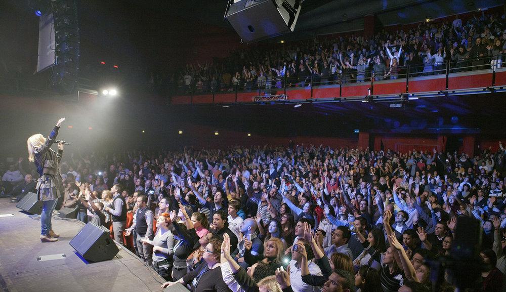 Hillsong Worship & Darlene Zschech • World Tour at Milan
