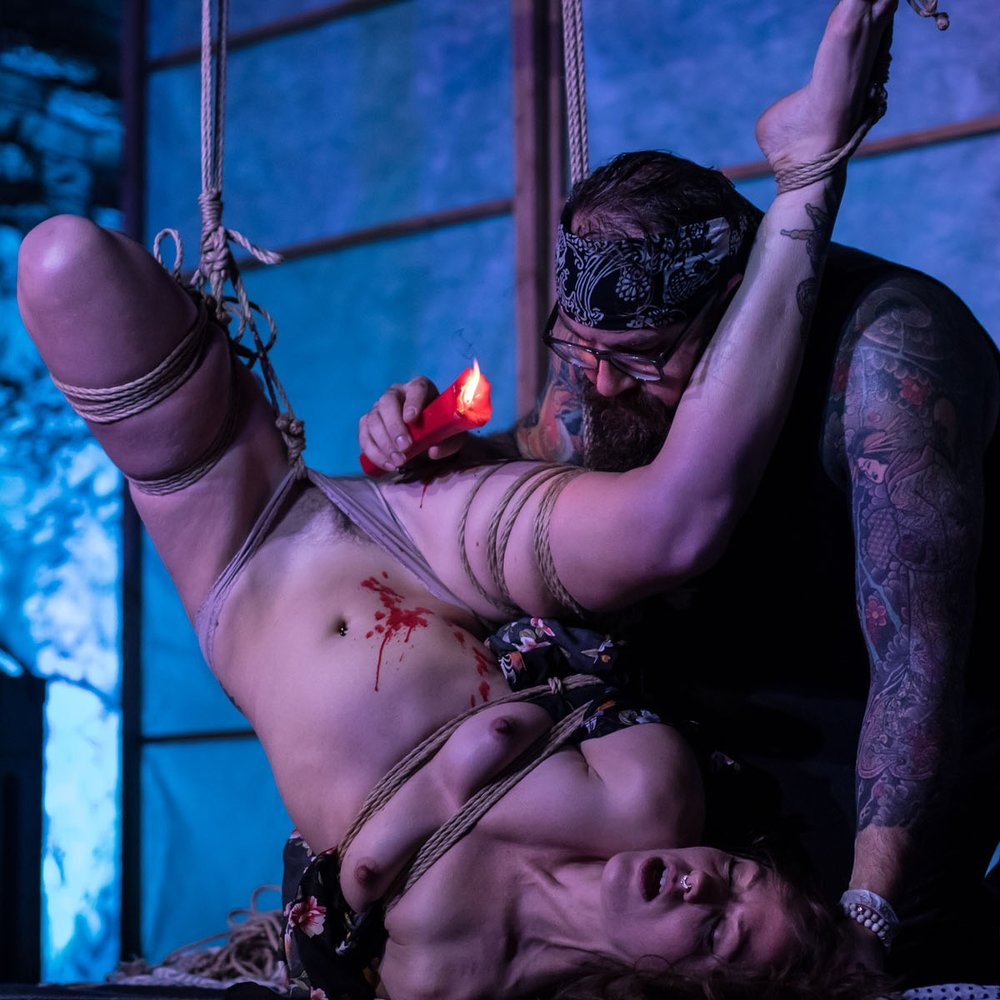 DirtyVonP - Paris, FranceTuition // SessionsArtistic WorkPhotographyemail // website // fetlife // instagram // vimeoL'Ecole des Cordesropework by DirtyVonP