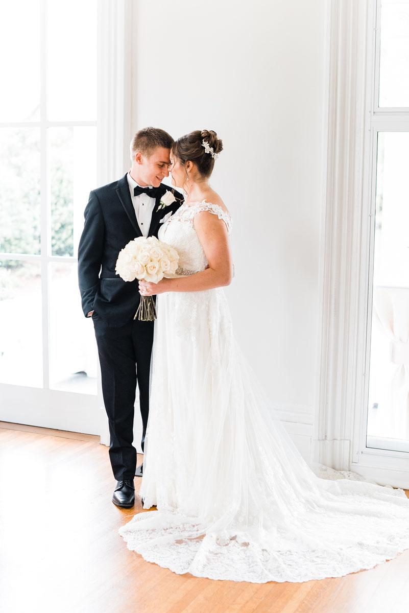 southern_wedding_floral_design_elegant.jpg